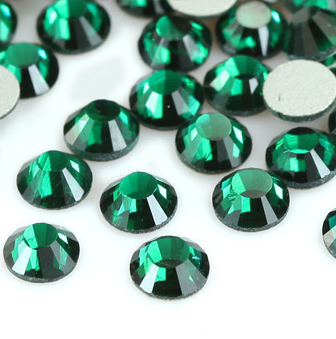 1440pcs Crystal Flatback Rhinestones Green (Emerald 205) - SS12 (3.0mm) No Hotfix